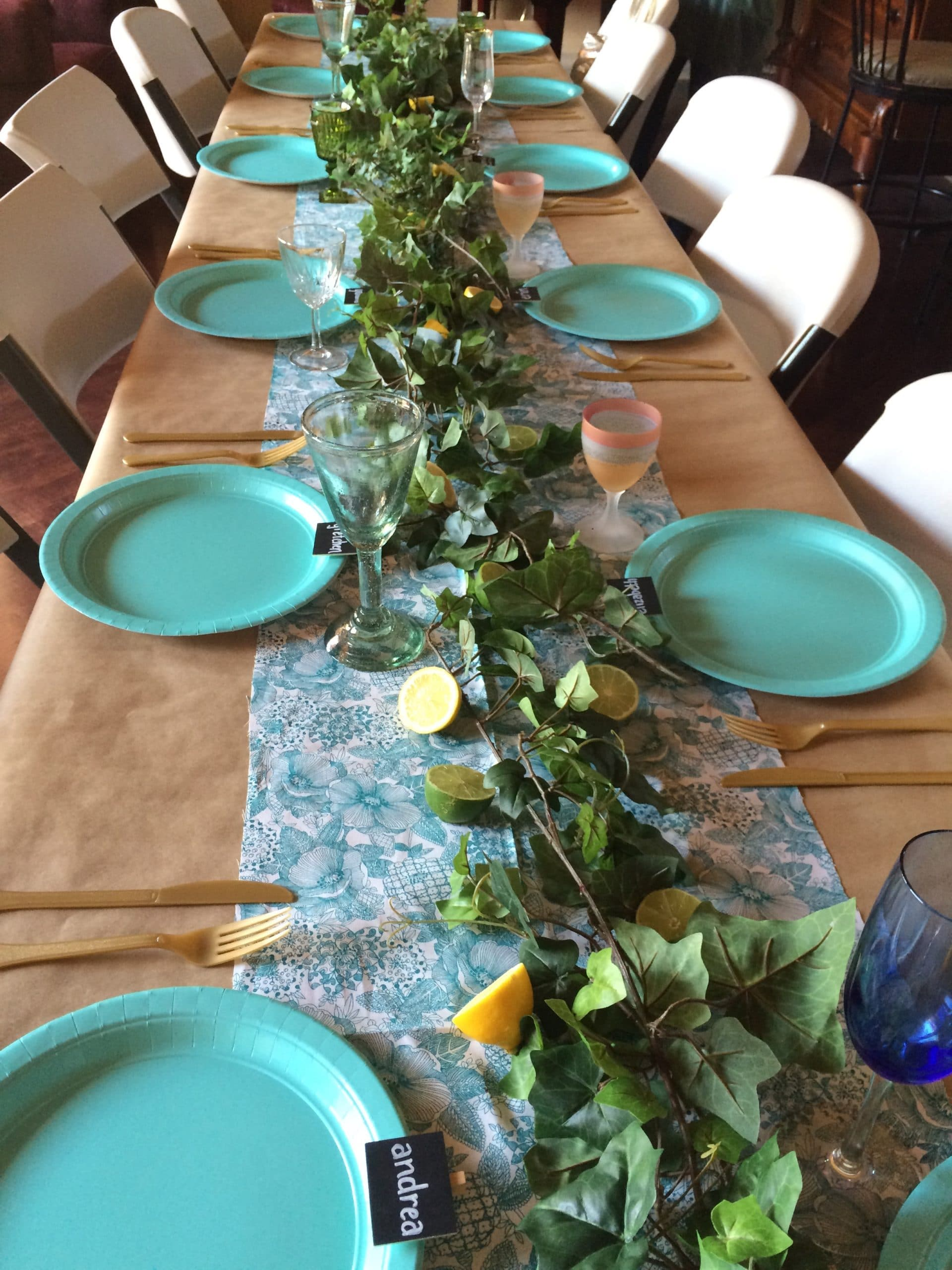 how to host a friendsgiving event gathering