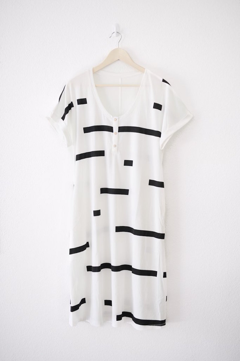 short sleeved black and white dress ethical