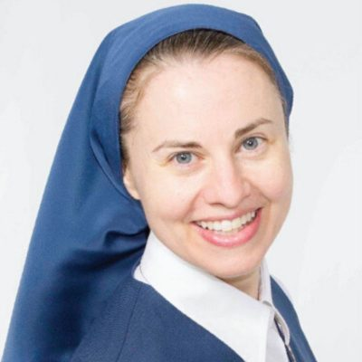 sister tracey square